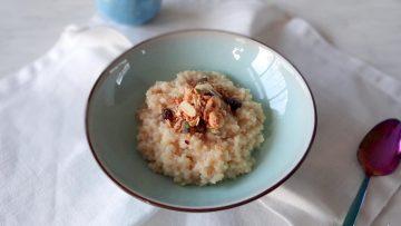 Bulgur ontbijtpap met granola