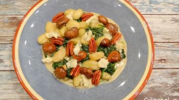 Gnocchi met spinazie, paddenstoelen en gorgonzola
