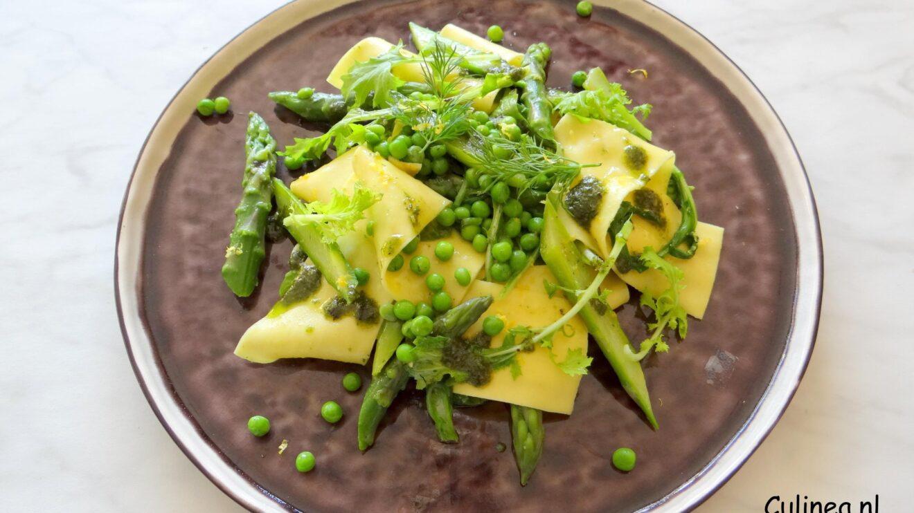 Pappardelle met raapstelen, groene asperges en dillepesto