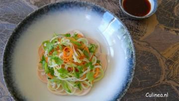 Thaise noedelsalade met kip