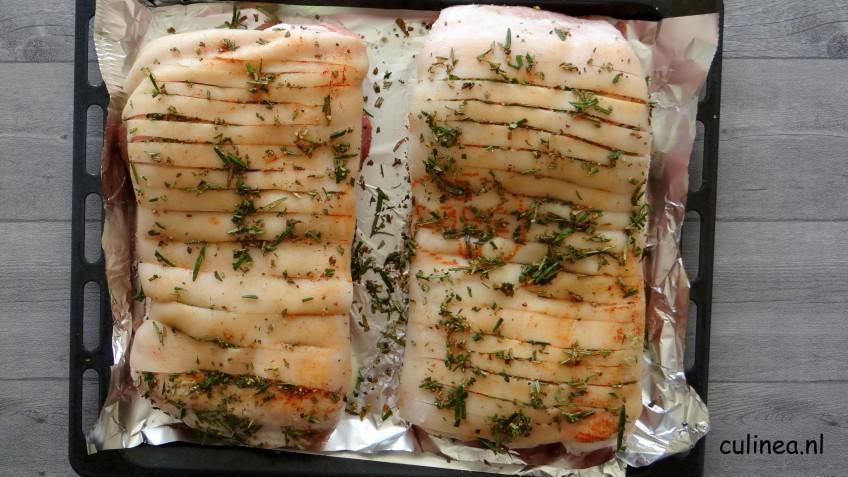 Buikspek langzaam gegaard in de oven