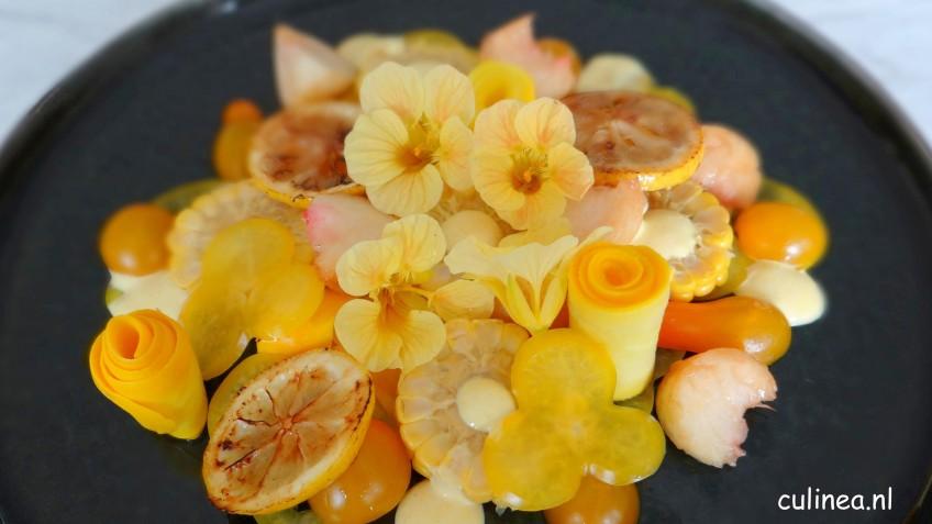 Gele zomersalade