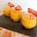 Meloensoep met een krokantje van Serranoham