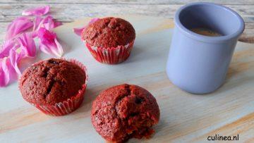 Rode bietmuffins