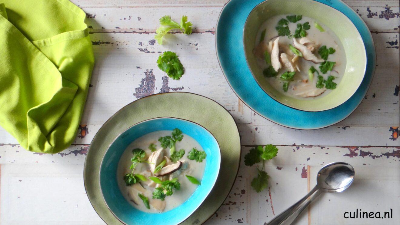Tom Kha Kai met kip en paddenstoelen