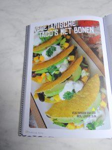 http://www.xenos.nl/koken-en-bakken/kookboeken