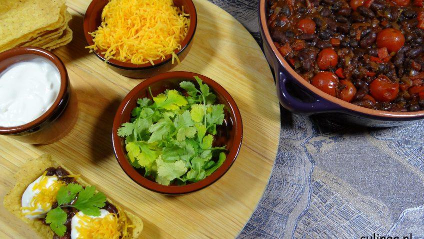 Vegetarische chili met zwarte en rode kidneybonen