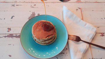 Kruidige pannenkoekjes met koffie