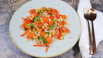 Tarwe met wortels en kikkererwten