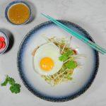 Nasi gemaakt van bloemkool rijst