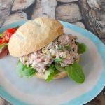Italiaanse bol met tonijnsalade