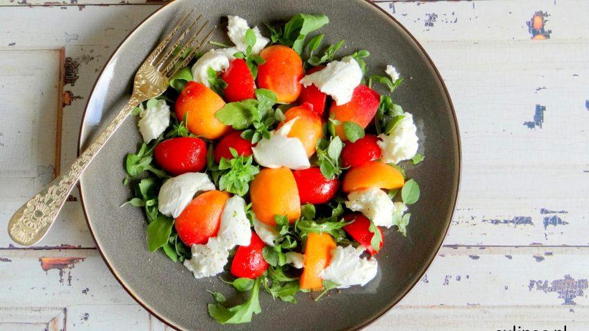Mozzarella, abrikoos en tomaatsalade