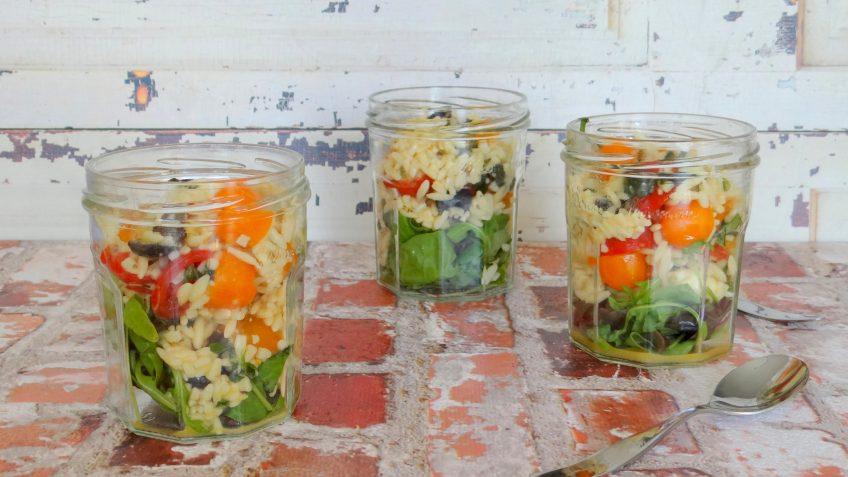 Pasta Caprese salade