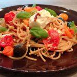 Spaghetti met ricotta en tomaatjes uit de oven