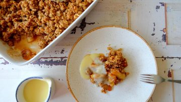 Appelcrumble met havermout en walnoten