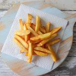 Zelfgemaakte patat frites