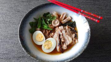 Miso noedelsoep met buikspek