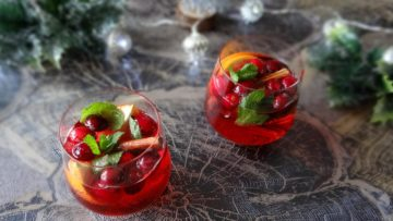 Cranberry mandarijn Kerstcocktail