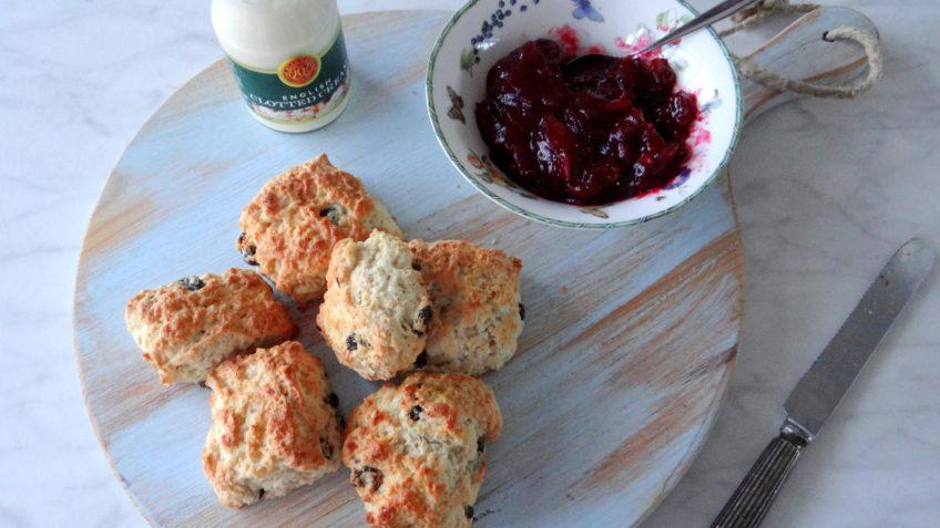 Karnemelk cranberry scones