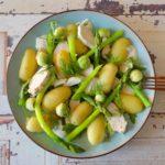 Salade van kip, groene asperges, krieltjes en dille