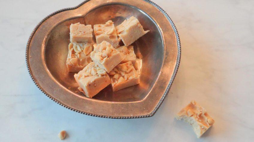 Witte chocolade en pindakaas fudge