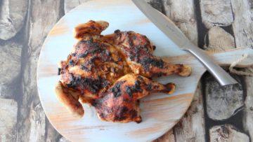 Gevlinderde piri piri kip uit de oven