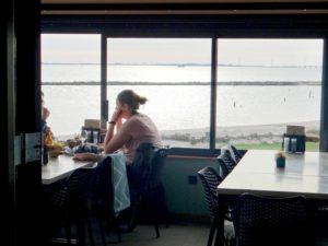 Genieten aan het water bij Restaurant Pier16 in Nagele