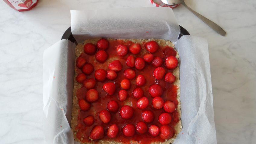 Aardbeien kruimeltaartje