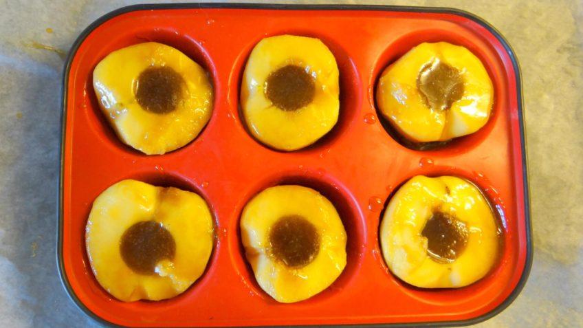 Mini Tarte Tatins met gezouten boter en tijm