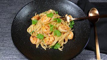 Spaghetti met garnalen en hete saus