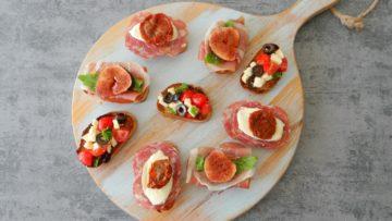 Bruschetta met verschillende toppings