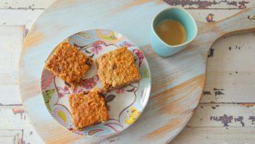 Ontbijtkoeken met noten en gedroogd fruit