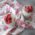 Chiapudding met boerenyoghurt en rood fruit