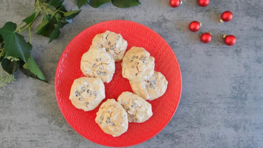 Schuimkoekjes met cranberries en pecannoten