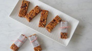 Zelfgemaakte granola repen