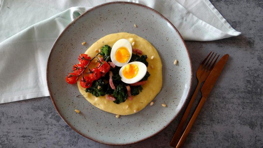 Polenta met kalettes, spekjes en tomaatjes