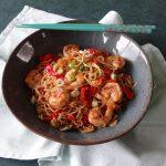 Vijfkruiden garnalen met woknoodles