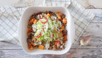 Gehakt en zoete aardappelschotel