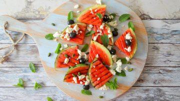 Gegrilde watermeloen salade