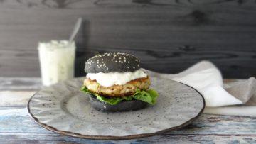 Makreelburger met remoulade saus