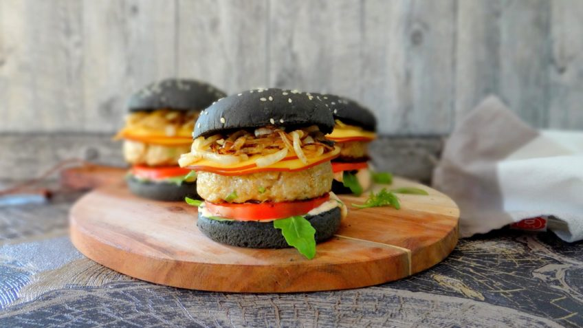 Piri piri kipburger met rookkaas