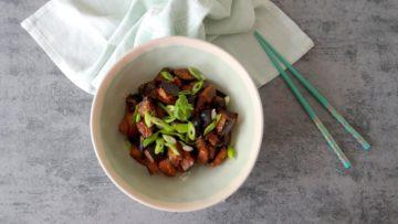 Aubergines met miso en sojasaus