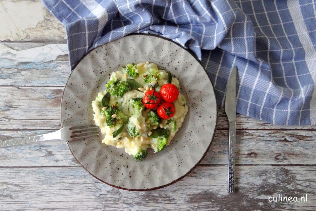 Stamppot van geroosterde broccoli en tomaatjes