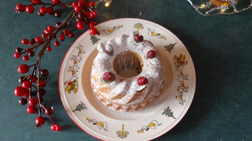 Tulband met cranberries, chocola en hazelnoten
