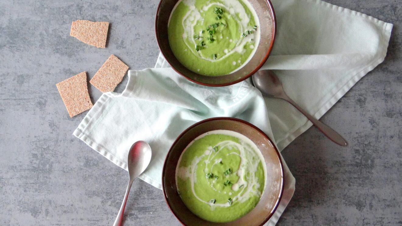 Romige broccoli soep met daslook