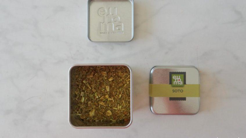 Noedels met soto zalm en asperges