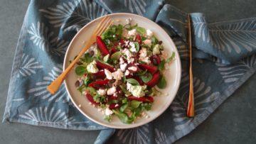 Salade met tarwe, bietjes en feta