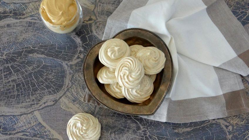 Vegan meringues van aquafaba