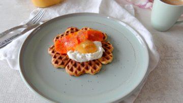 Wafels met sinaasappel en curd