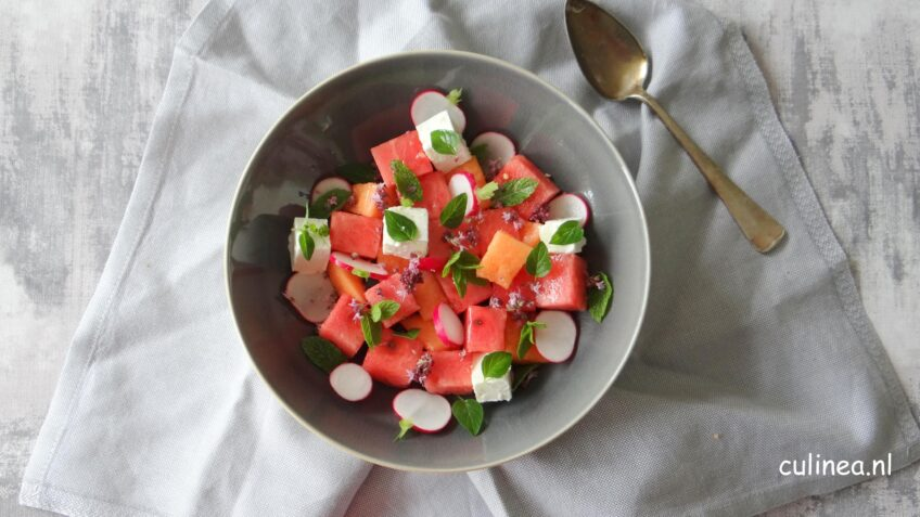 Meloensalade met feta en kruiden